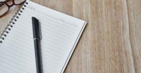 introdução de texto caderno e caneta